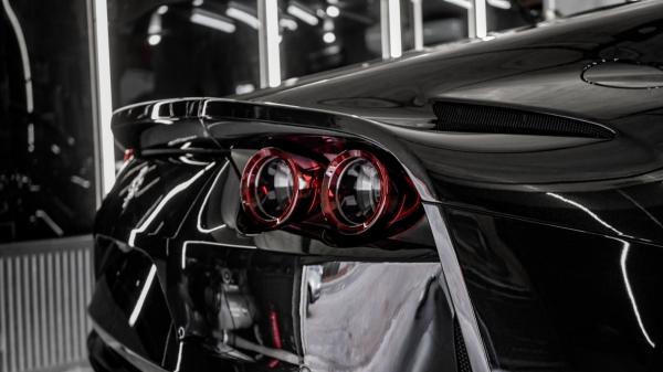 Ferrari F812 Supersports - Zabezpieczenie folią ochronną PPF